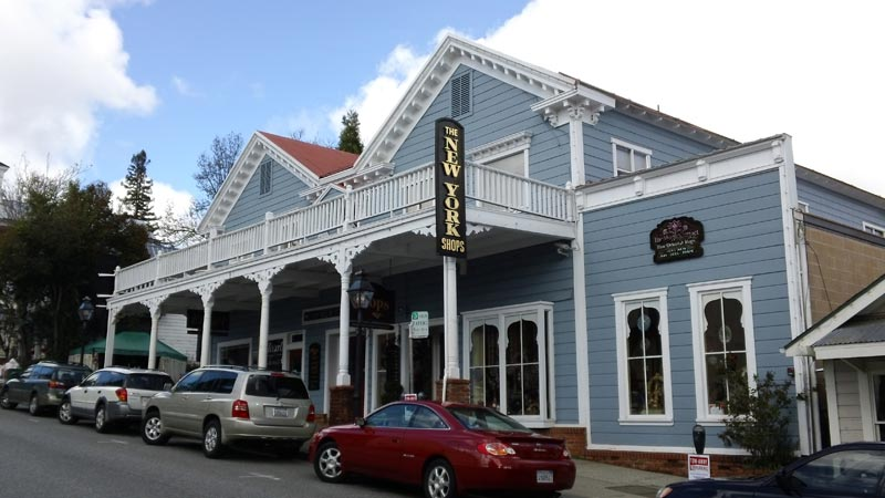 The New York Hotel at 408 Broad St, Nevada City, CA home of the gourmet chocolate truffles of the Truffle Shop.